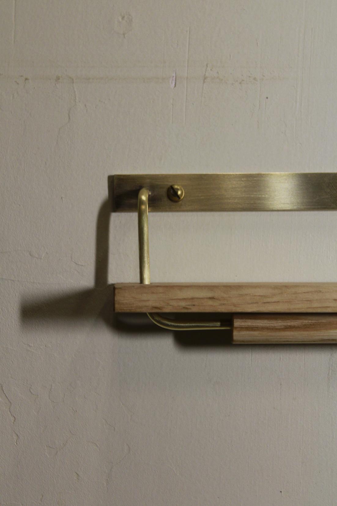 タオルハンガー | 真鍮+木 | 真鍮 | 山形・仙台を中心にオリジナル家具・オーダー家具、インテリアのデザイン・製作・納品をおこなっています。おしゃれ。