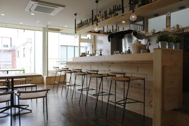 食堂メルカド | イス | 椅子 | カウンターテーブル | カウンター | 山形・仙台を中心にオリジナル家具・オーダー家具、インテリアのデザイン・製作・納品をおこなっています。おしゃれ