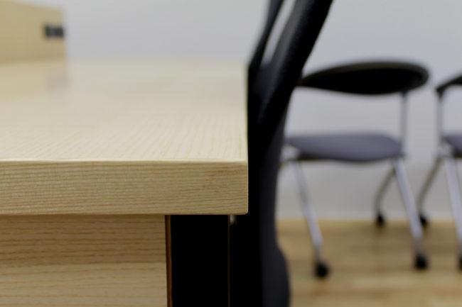 デスク | アニメーションデスク | 東北芸術工科大学 | 山形・仙台を中心にオリジナル家具・オーダー家具、インテリアのデザイン・製作・納品をおこなっています。おしゃれ。