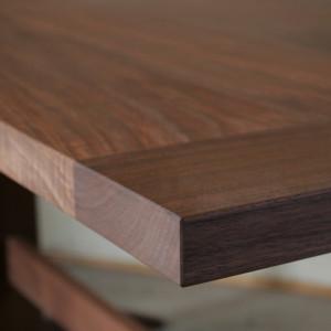 ダイニングテーブル | テーブル | 山形・仙台を中心にオリジナル家具・オーダー家具、インテリアのデザイン・製作・納品をおこなっています。おしゃれ。