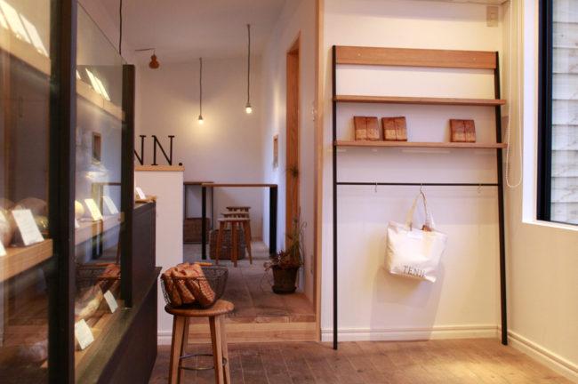 TENN. | デッキテーブル | デッキベンチ | 山形・仙台を中心にオリジナル家具・オーダー家具、インテリアのデザイン・製作・納品をおこなっています。おしゃれ。