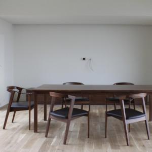 ダイニングテーブル | ダイニングセット | 椅子 | アームチェア | 山形・仙台を中心にオリジナル家具・オーダー家具、インテリアのデザイン・製作・納品をおこなっています。おしゃれ。