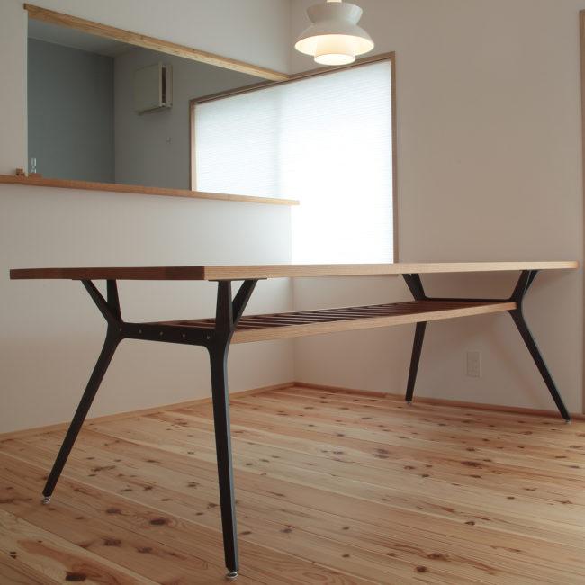 ミーティングテーブル | ダイニングテーブル | 山形・仙台を中心にオリジナル家具・オーダー家具、インテリアのデザイン・製作・納品をおこなっています。おしゃれ。