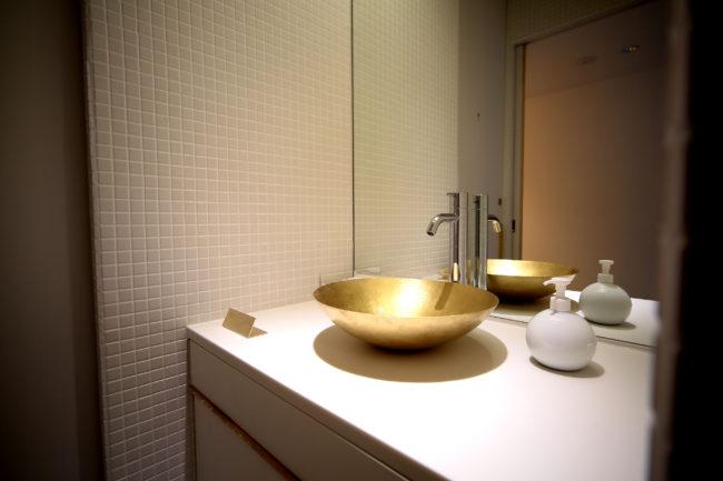 真鍮手洗いボール | 店舗内装 | ダイニングテーブル | テーブル | 山形・仙台を中心にオリジナル家具・オーダー家具、インテリアのデザイン・製作・納品をおこなっています。おしゃれ。