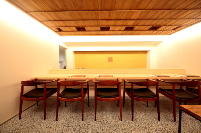 店舗内装 | ダイニングテーブル | テーブル | 山形・仙台を中心にオリジナル家具・オーダー家具、インテリアのデザイン・製作・納品をおこなっています。おしゃれ。