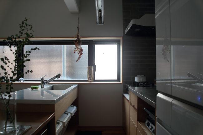 リノベーション | キッチン | オーダーキッチン | 特注家具 | 造作家具 | アームチェア | 椅子 | ダイニングテーブル | テーブル | 山形・仙台を中心にオリジナル家具・オーダー家具、インテリアのデザイン・製作・納品をおこなっています。おしゃれ。